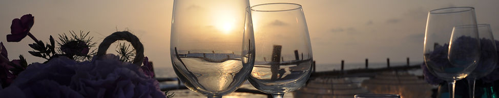 wine on sunset-travel Israel with tovawald bespoke travel and events