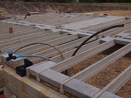 Block and beam floor