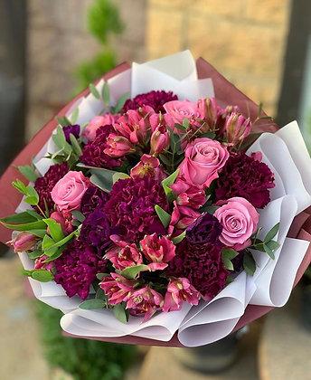 Rich rush bouquet