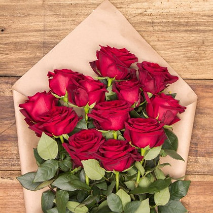 x12 red rose boquet