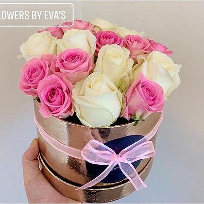 Baby pink & white hat box