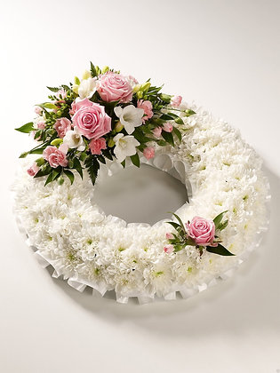 Classic wreath pink & white