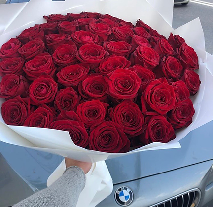 51 red roses romantic handtied