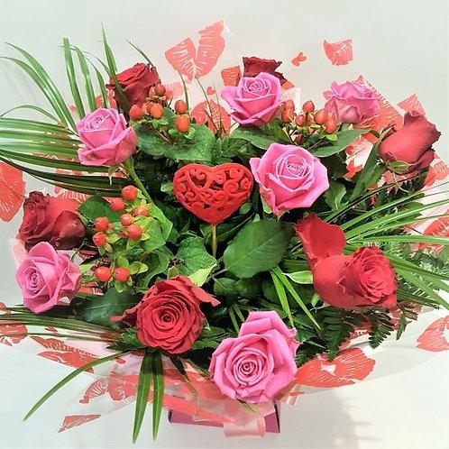 Red & pink rose handtied