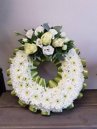 12inc wreath olive green & white