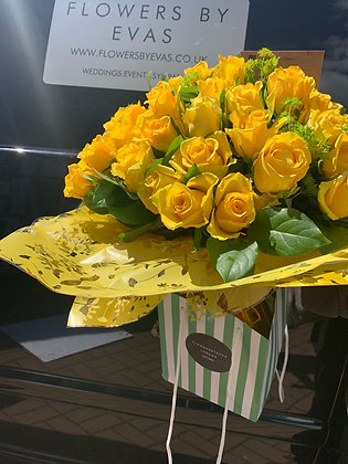 50 yellow rose handtied
