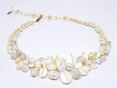white pearl gem large collar gw