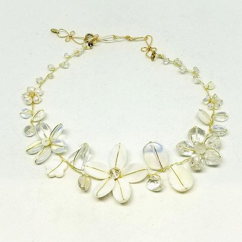white moonstone clear gem flower collar gw