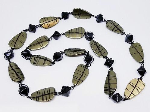 Khaki Stripe Oval/Black bw