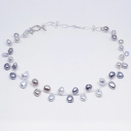 light grey mix freshwater pearl collar sw