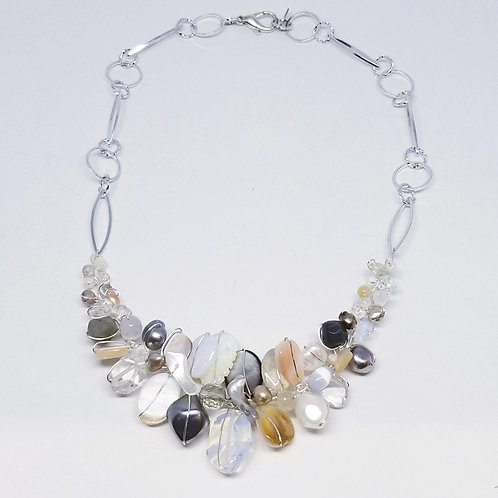 beiges gem section necklace sw