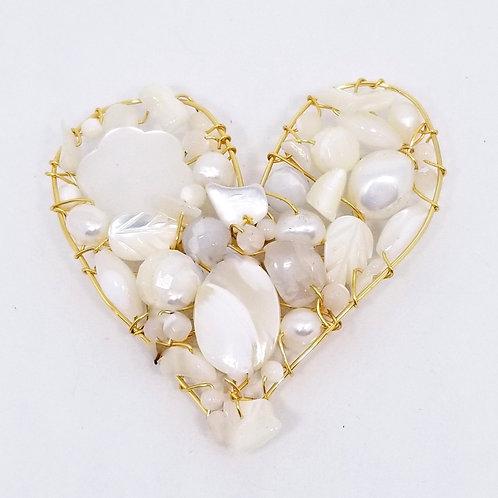 white pearl gem heart pin/pendant gw