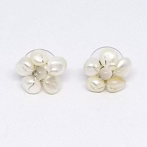 white pearl gem flower earring sw