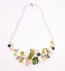 beige green section necklace_edited.jpg