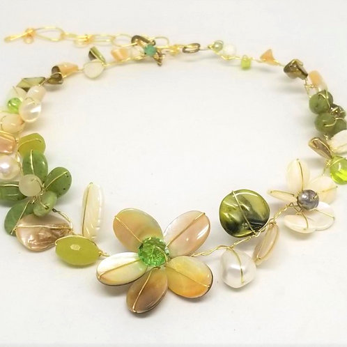 beige green white flower collar gw