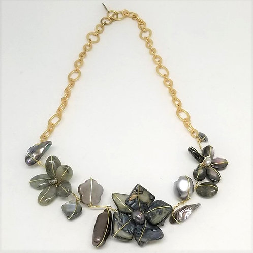 grey gem flower section necklace gw