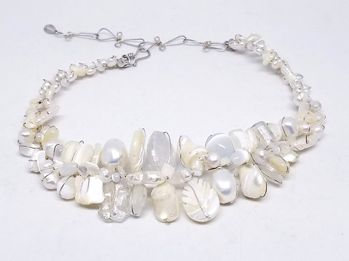 white pearl gem large collar sw