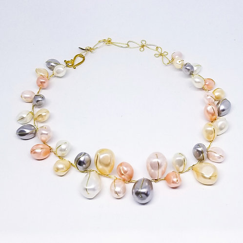pastel mother of pearl collar gw