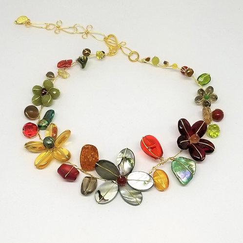 spice gem flower collar gw