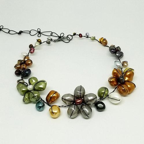 multi pearl flower collar blw