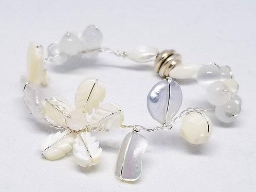 white pearl gem flower bracelet sw