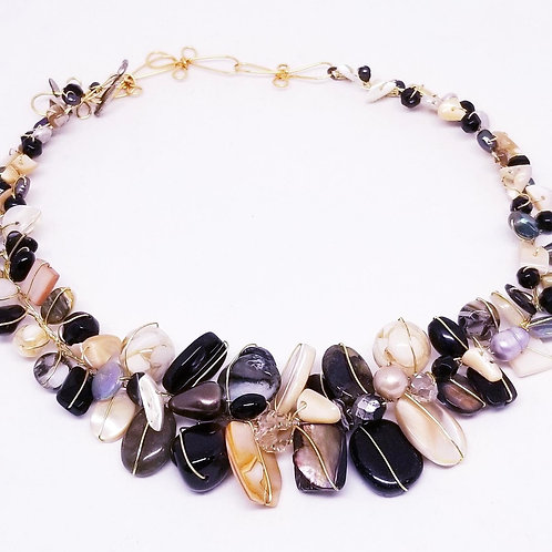 black beige grey gem large collar gw