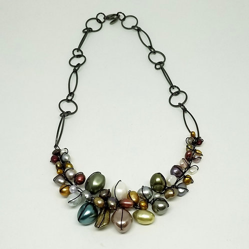 multi pearl section necklace bw