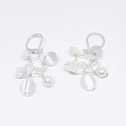 white pearl gem web earring sw