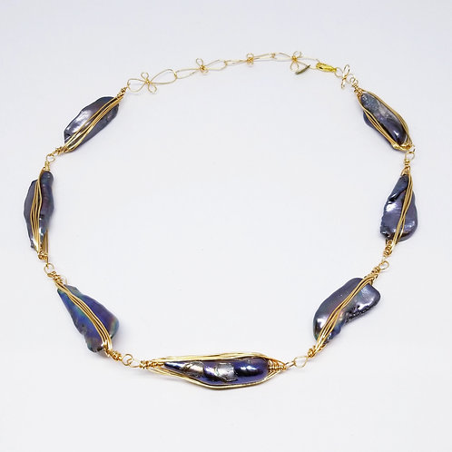 peacock grey pearl herringbone necklace gw