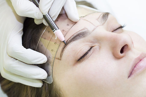 measure brows for microblading