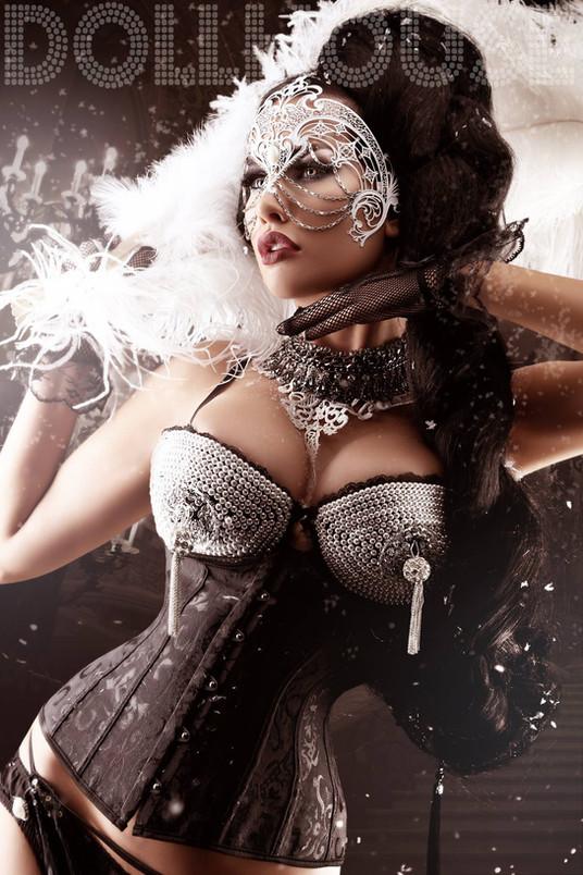 Show Me How You Burlesque!