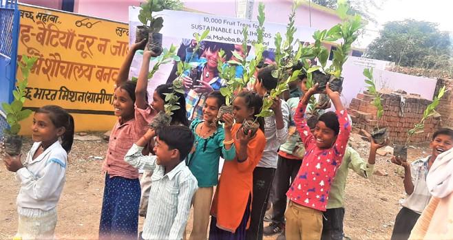 Earth Day Network x Sustainable Green Initiative | Ghutai, Mahoba, Uttar Pradesh (2020)