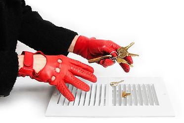 FTT Gloves And Keys1 .jpg