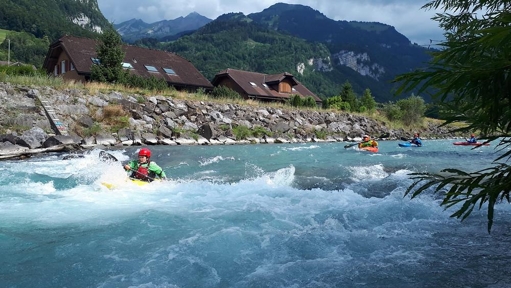 Paddle Level Assessment Wildwasser-Kajak 3 beim Kanuclub Nidwalden
