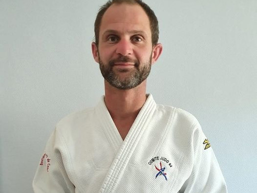 Sébastien Bortoluzzi arrive pour enseigner le jujitsu