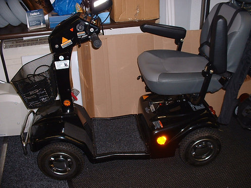Rascal 388xl Mobility Scooter, 6mph,Nice clean scooter,3 months warranty, Free s