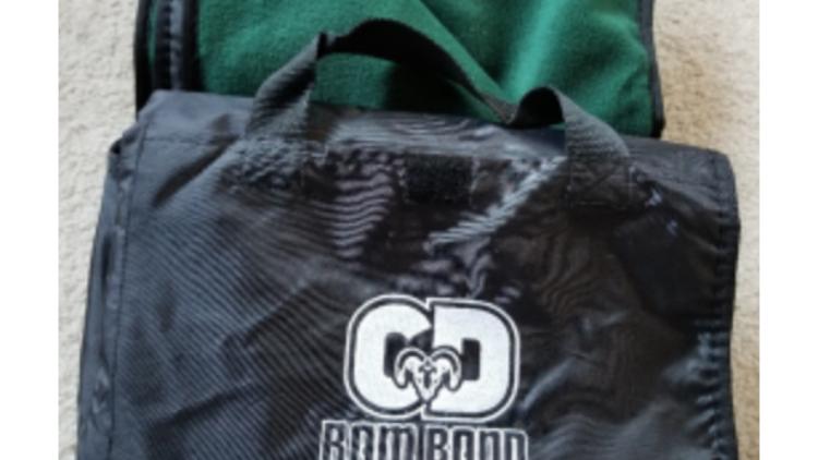 Fleece & Nylon 50x60 Waterproof Blanket