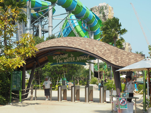 Hua Hin - Water Park, Beach & Night Market
