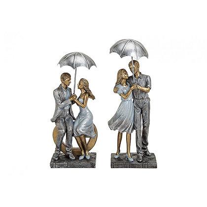 Liebespaar mit Schirm