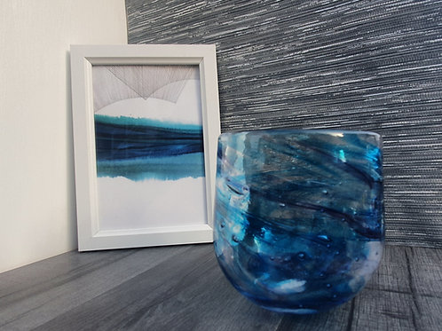 Recycled glass planter