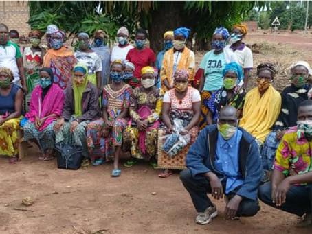 Burkina Faso : distribution de masques en tissu