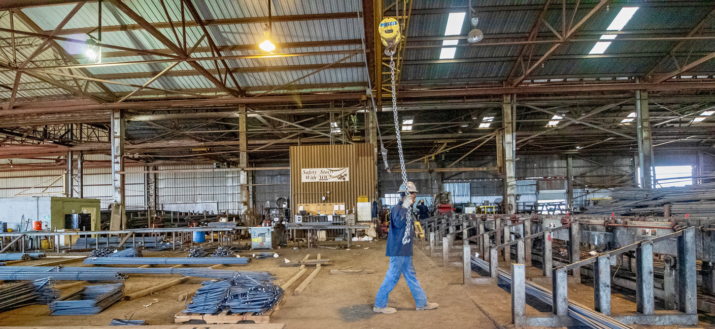 Moving steel with one of our 6 overhead cranes - Victoria Plant
