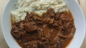 Slow cooked beef & mushrooms