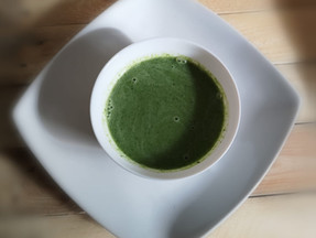 Creamy kale & broccoli soup