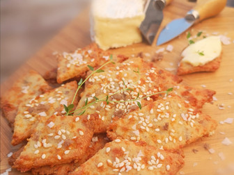 Quick Keto cheddar and Pork cracklings Crackers