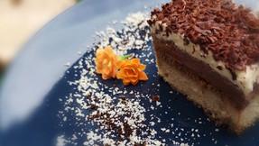 Keto Chocolate Creamy Cake
