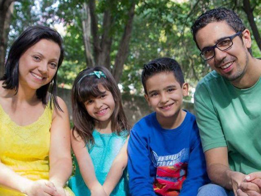 A Família Ferreira tem dedicado suas vidas em prol dos povos não alcançados