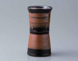Yoshinori Hagiwara Vase 1.png