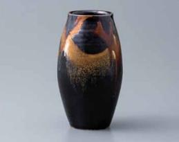 Yoshinori Hagiwara Vase 2.png