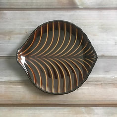 giyaman leaf plate brown_30.JPG